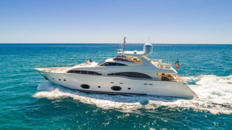 97-foot-yacht-rental-miami